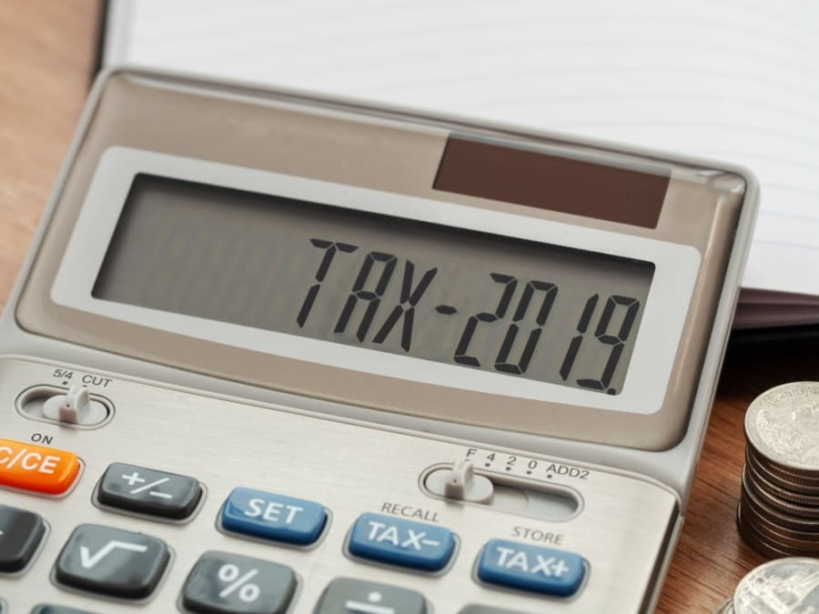 How to Calculate the Tax on Your Savings Account?