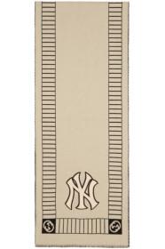 구찌 Gucci 오프화이트 Off-White & Black NY Yankees Edition Patch Oblong Scarf