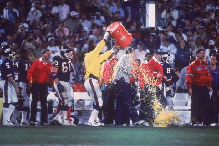 Super Bowl XXI: The taste of victory is sweet — literally — for Bill Parcells