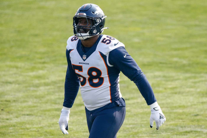 Cowboys acquire Von Miller