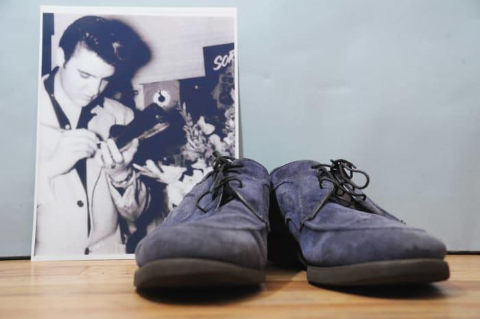 """""""Blue Suede Shoes,"""" (Elvis Presley, 1956), Elvis Presley"""