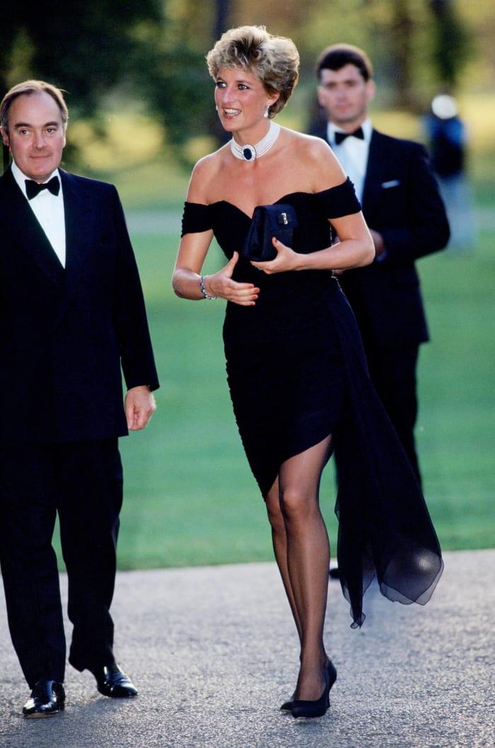 "1994: Princess Diana's ""revenge dress"""
