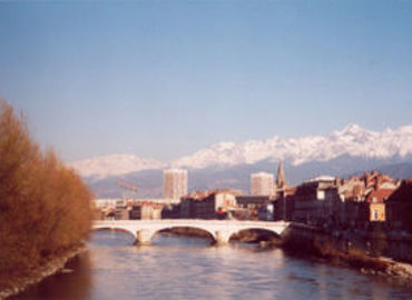 Study Abroad Reviews for Center for Study Abroad (CSA): Grenoble -  French Language & Culture - Université Grenoble Alpes