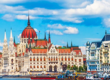 Study Abroad Reviews for AIFS: Budapest - Corvinus University
