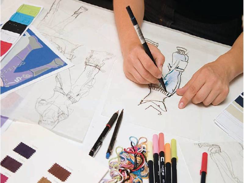 Fashion Week Internships Launch Your Career With A Fashion Industry Internship