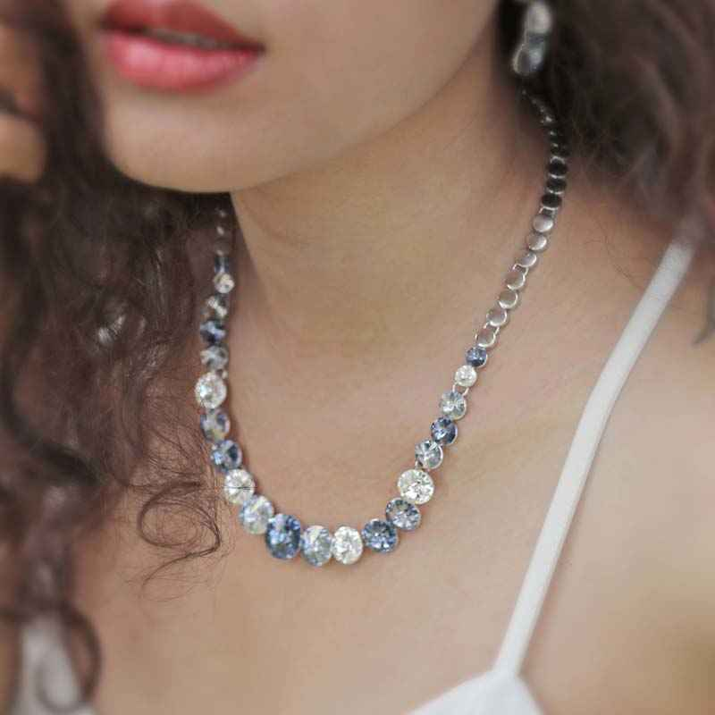 Elegant Round Blue and White Crystal made with Elemets from Swarovski - Necklace and Earring Set