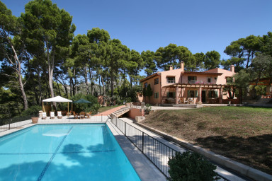 Imponerande villa, lyx i avskildhet och hänförande utsikt