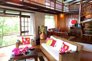 Villa Haeremai - Pirae Tahiti - vue mer et piscine - 15 personnes