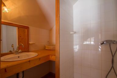 bedroom 1 '  showeroom