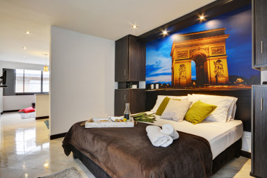 Poblado Suites - Paris Suite