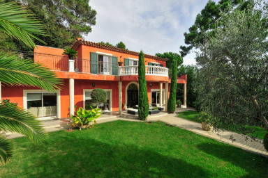 Elegant villa med pool i Cote d'Azur