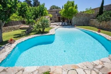 Stor och läcker villa med pool på norra Mallorca
