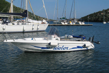 Hyperion, speed boat for hire in Sivota Lefkada