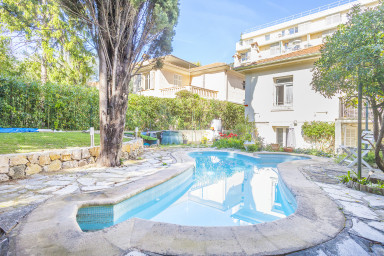 2 BR apartment in a beautiful Villa - pool - quiet