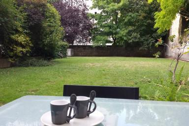 magnifique Appartement moderne et calme  avec Jardin