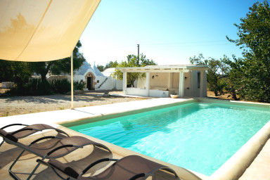 Trulli del Mandorlo: Trulli with Private Pool