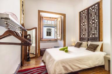 Rossio Classy double bedroom