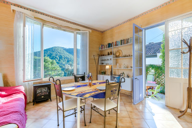AC house with garden and Terrace – Calanques
