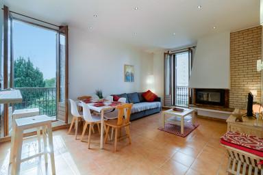 RARE - Apartment with private garden