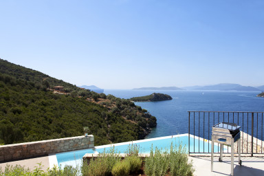 VILLAS MIRO - Luxury Villas with Direct Access to the Sea