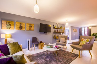 Amazing Three Bedroom Near Parque Lleras