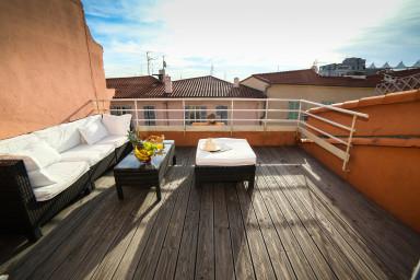 Superbe loft ensoleillé au centre de Cannes avec joli toit terrasse