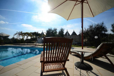 Trullo Alessia with pool - in Itria valley