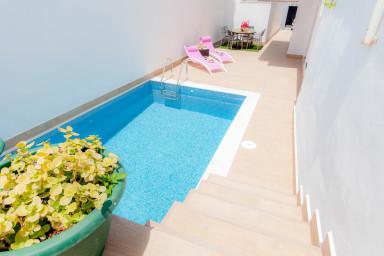 Nerja Paradise Rentals - Villa Lily
