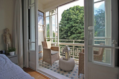 Lovely, luxury canalhouse with canalview | Jordaan