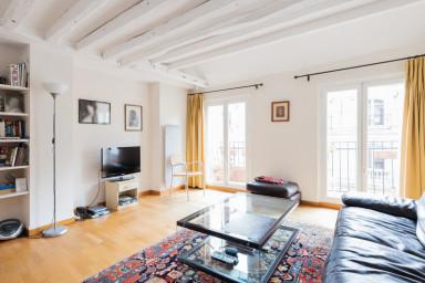 Duplex T3 de charme, au cœur de Paris - W506
