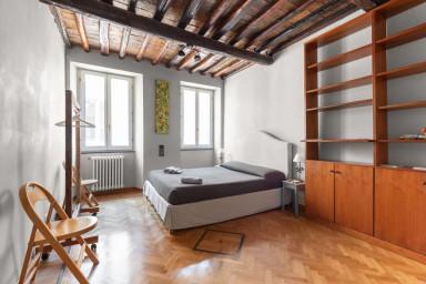 Banchi Vecchi, appartamento tipico vicino piazza Navona.