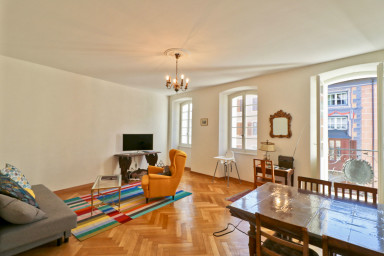 Charmantes Appartement, ideale Lage