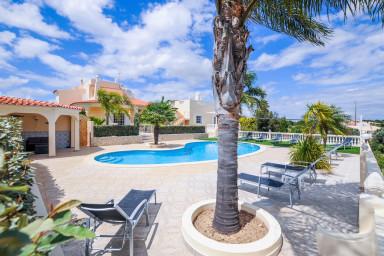 Villa Paraiso - Luxury villa, perfect for families!