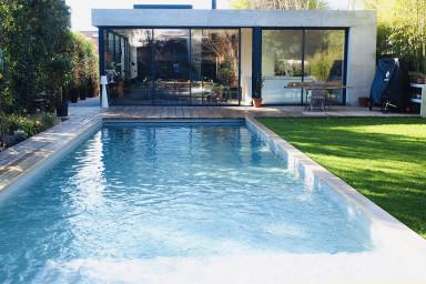 Oasis de verdure et de tranquillité avec piscine et sauna