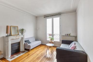 Bel appartement parisien, quartier Montmartre