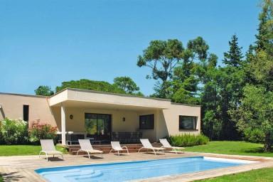 Magnifique Villa au coeur du Domaine de Beauvallon avec piscine chauffée