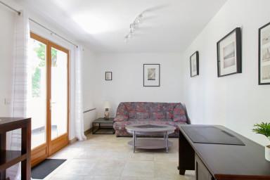 Maison de ville charmante et calme avec box et terrasse aux portes de Paris