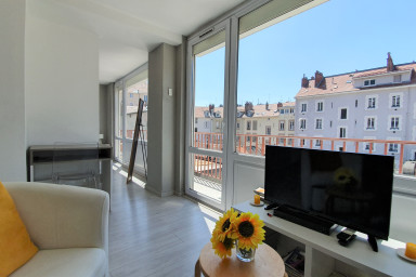 Pretty 2-rooms apartment Hyper center❤️Near station, tram A/B/E #E0