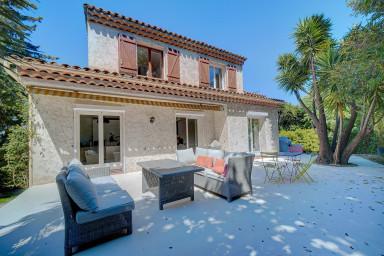 IMMOGROOM - Villa-600m² garden - A/C - Spacious & modern - CONGRESS/BEACHES