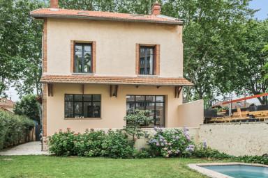 Maison familiale des années 30 avec piscine, proche du centre de Toulouse