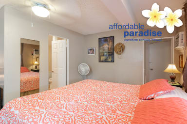 Air Conditioned Charming Kalama Room