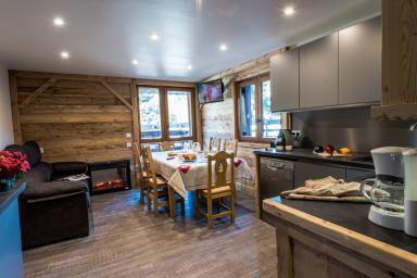 Méribel, Resort Center, Direct Slope Access, High Standards, Balcony