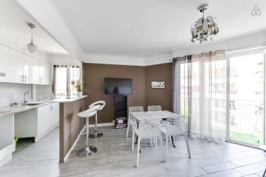 1-bedroom with balcony in the heart of Antibes – Welkeys