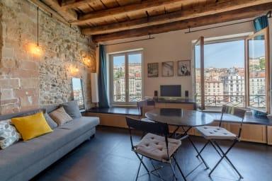 Splendide appartement avec vue sur la Saône