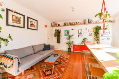 Bright apartment in vibrant Fitzroy