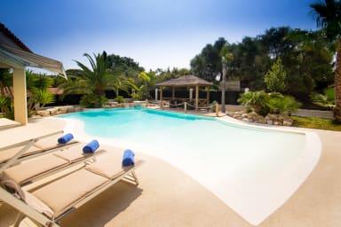 El Paradisio, Splendid 5* Villa in Antibes with amazing pool