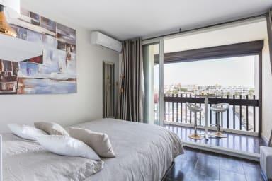 Vacances naturistes et libertines Cap d'Adge- vue appartement Sunrise