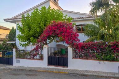 Nerja Paradise Rentals - Villa Las Palmeras