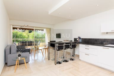 VANEAU ☀️ Somptueux 3 pièces de 68m² avec double terrasse et piscine