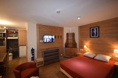 Studio 4* - Piscine - Sauna - Wifi - 30m² - Super équipé - Pied des pistes